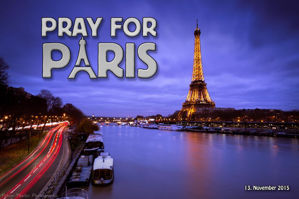 PARIGI, INFERNO – LE TRAGEDIE E GLI EFFETTI SUL POPOLO WEB