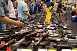 640px-Houston_Gun_Show_at_the_George_R._Brown_Convention_Center