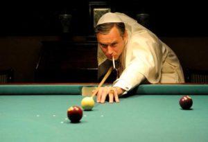Tv: Il papa invisibile di Sorrentino, santo o demone?