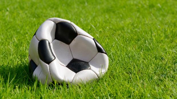 Palloni sgonfiati – Bulli e fascistelli: benvenuti nel bel calcio d'Italia
