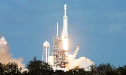 Il lancio del Falcon Heavy: Space Oddity