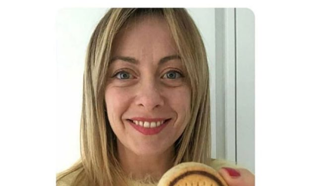 MODA GREEN, UOMO FORTE, NUTELLA BISCUITS: RISPOSTE NON RICHIESTE A DOMANDE CHE MI SONO STATE POSTE CONTRO LA MIA VOLONTA'