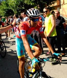 Fabio_Aru_Red_Jersey_-_Vuelta_a_España_2015